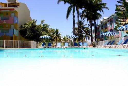 Hôtel Canella Beach – Piscina